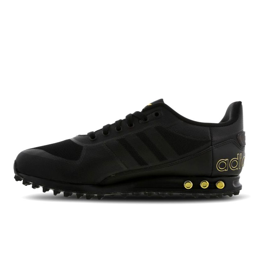 la adidas trainers black
